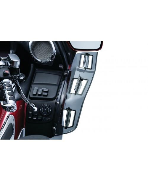 Дефлектор боковой Kuryakyn Dragon Wings 8939 , Honda GL1800 2001-2017
